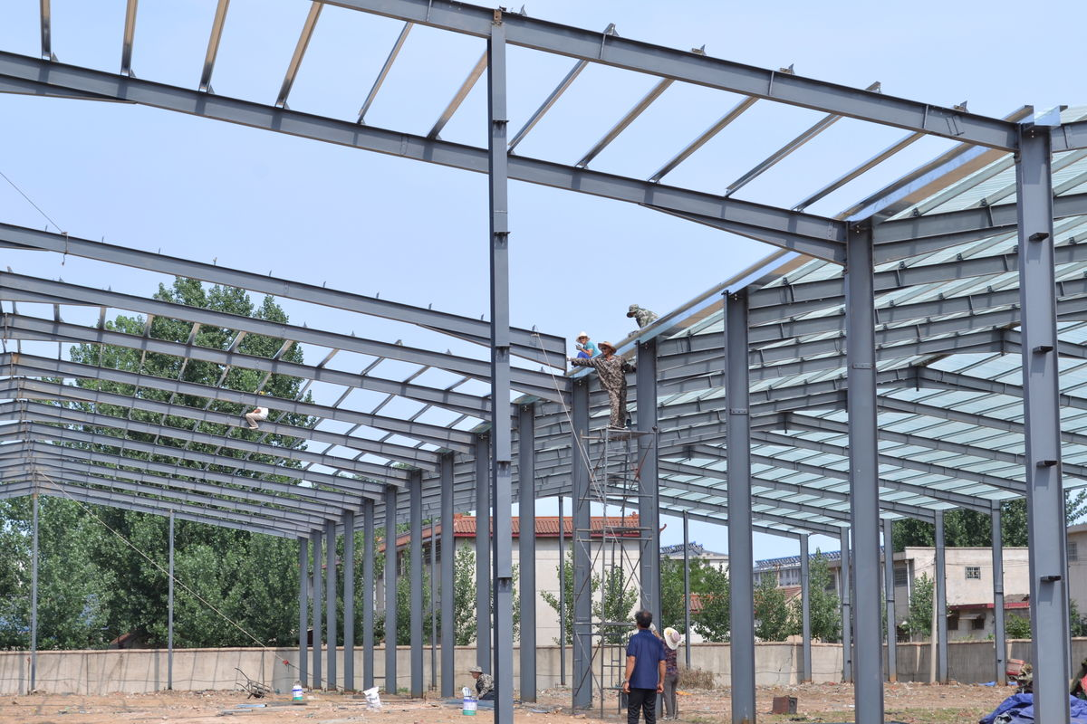 Prefab steel frame structure building. Featured Image